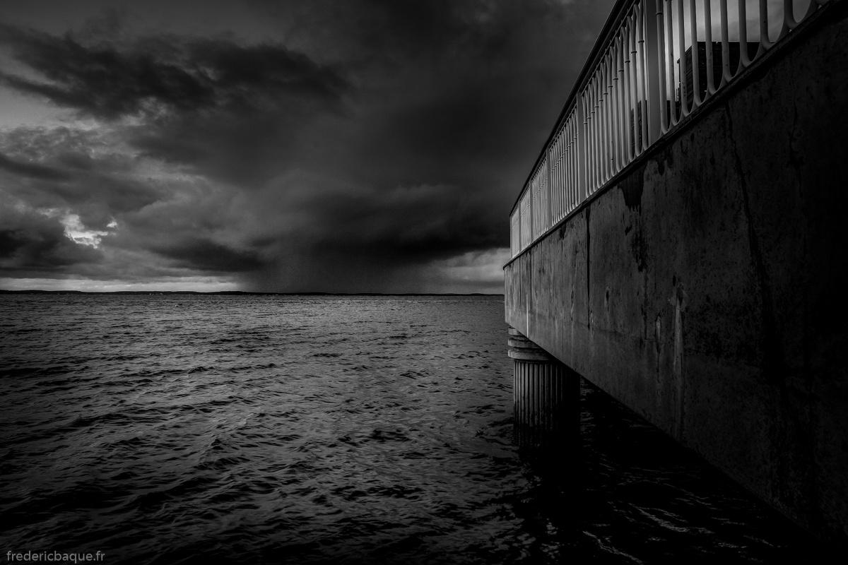 Grosse pluie sur l'autre rive